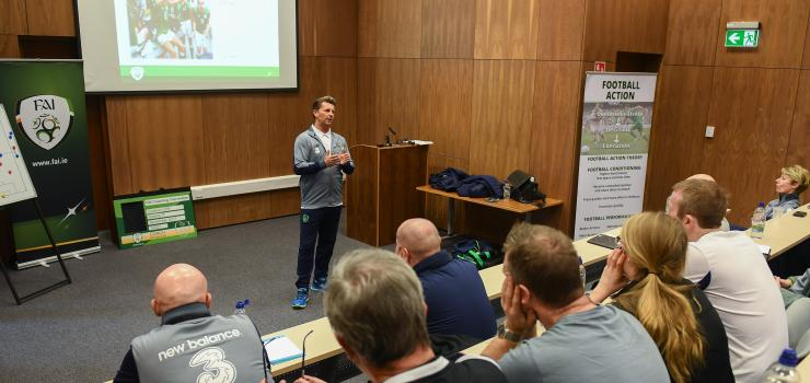 Colin_Bell_Conference_w.jpg