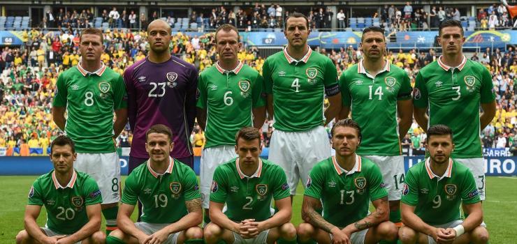 Ireland Sweden team Euro 2016.jpg