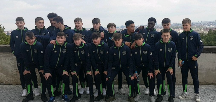 Ireland U15s in Prague.png