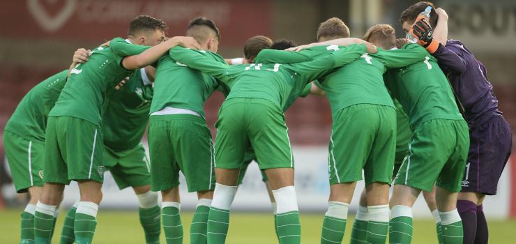 Ireland U17s huddle.png