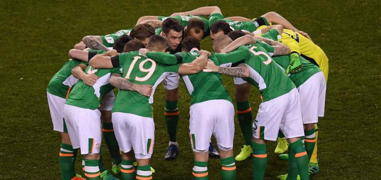 IrelandHuddle2.jpg